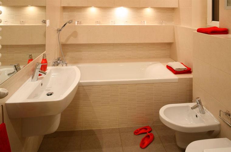 Бежевый дизайн ванной комнаты