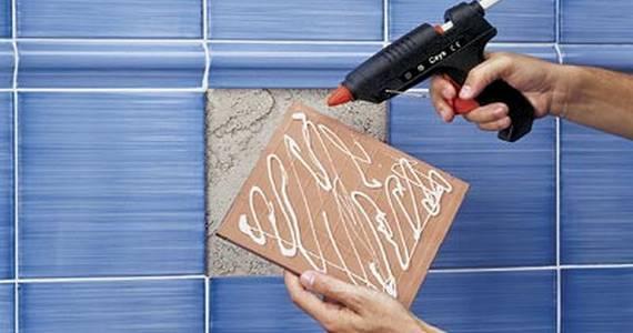 Практические советы как приклеить плитку на стену в ванной комнате