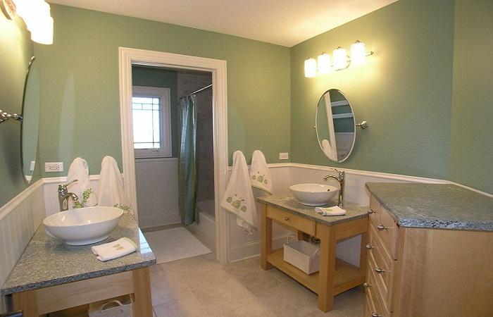 Подсветка в ванной 2 на 2 м