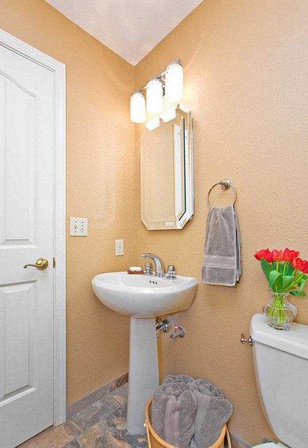 подсветка над раковиной в маленькой ванной