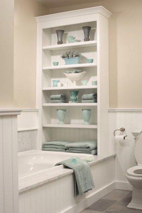 полки в маленькой ванной