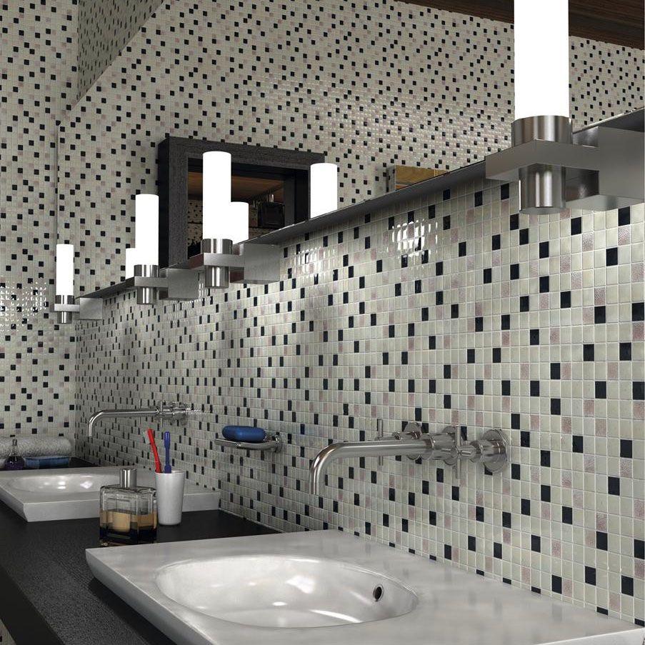 Черно белая мозаика в оформлении ванной комнаты