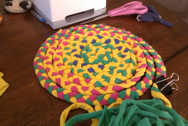 Изготовление коврика из плотенец