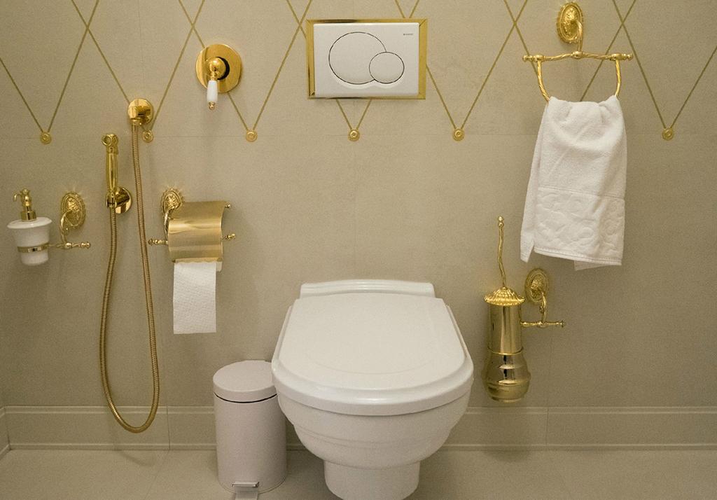 Комплект гигиенический душ со смесителем