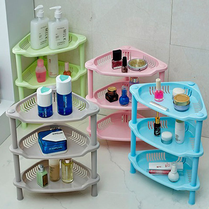 Разноцветные этажерки для ванной