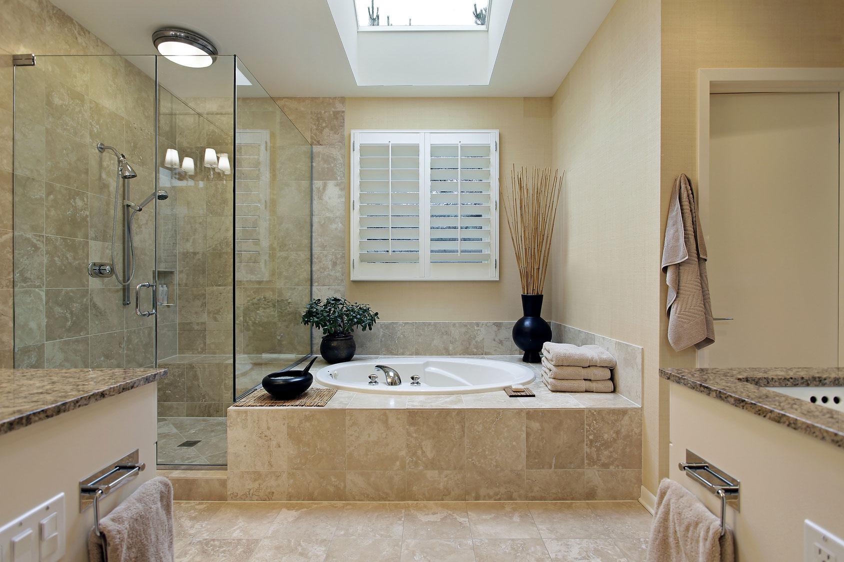 Фото переодевания в ванной 2 фотография