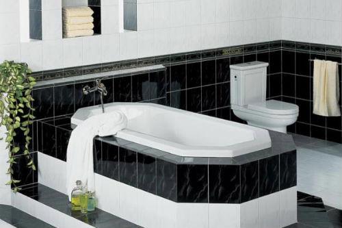 Ванная комната в черно белом цвете