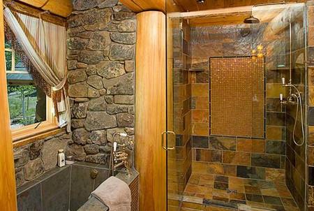Интерьер ванной с использованием дикого камня