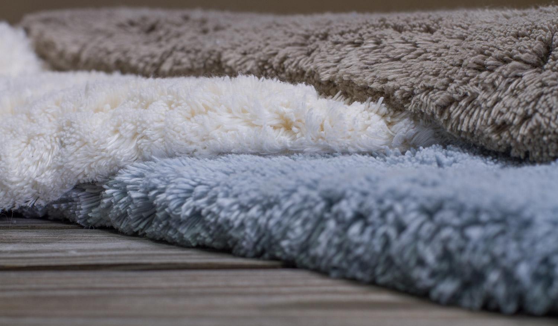 Как выбрать коврик для ванной, какие есть виды