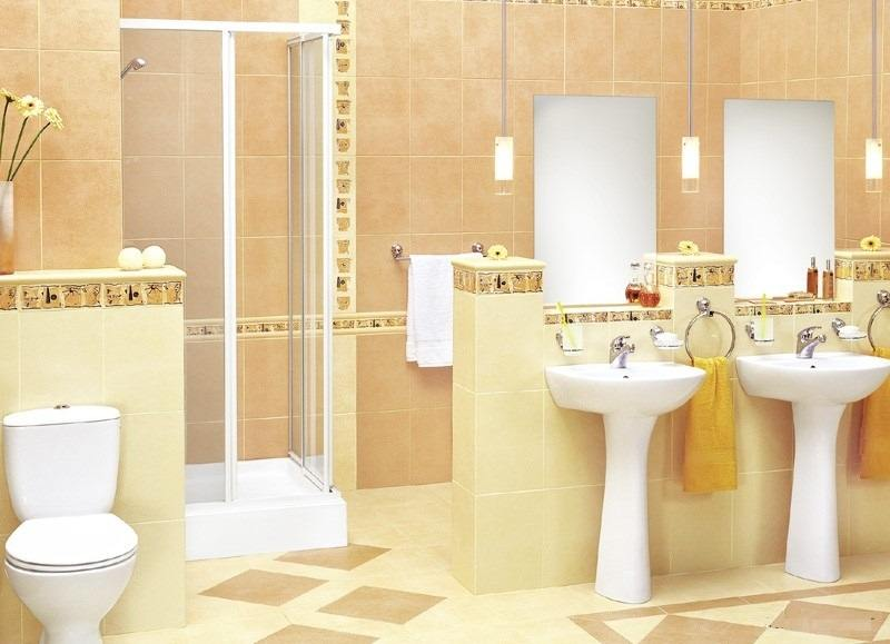 Светлая плитка в интерьере ванной комнаты