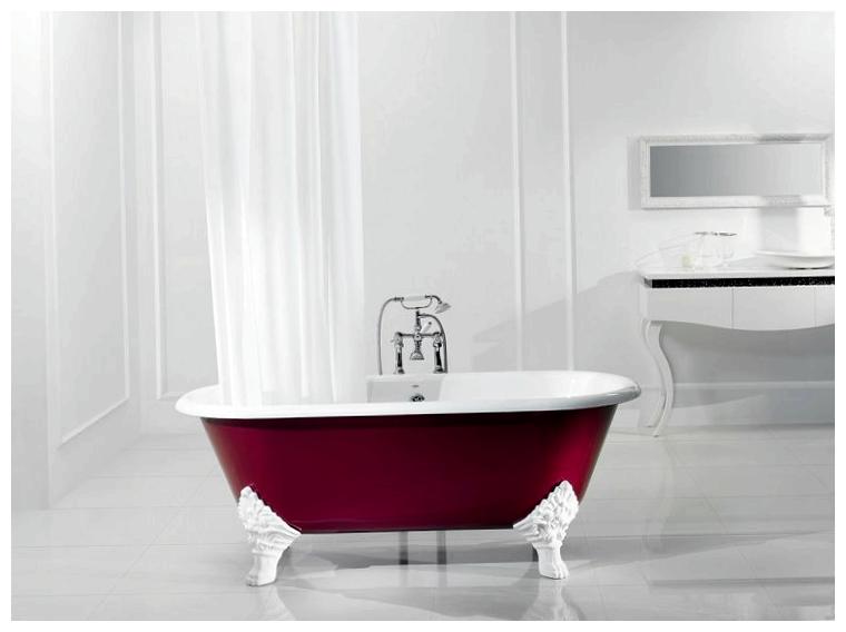 Чугунная ванна в красном цвете
