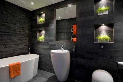 Дополнительное освещение в ванной с растениями