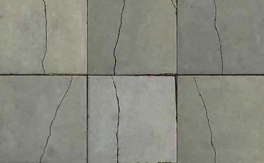 Трещины на плитке в ванной