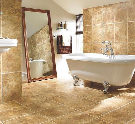 Керамогранит на полу в ванной