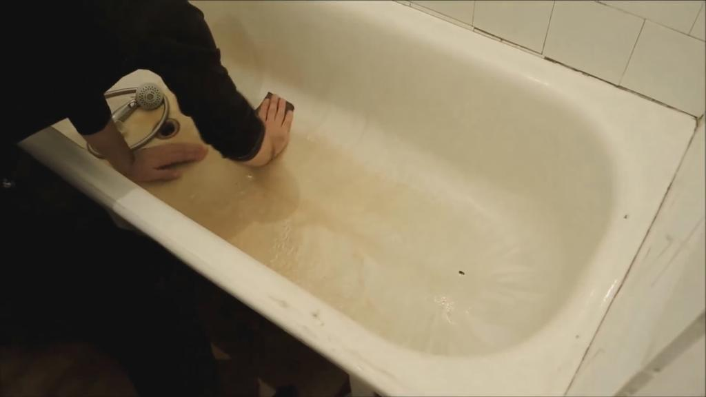 Шлифуем ванну