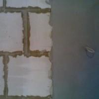 Как выравнивать стены под плитку в ванне