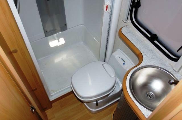 Супер маленькая ванная комната
