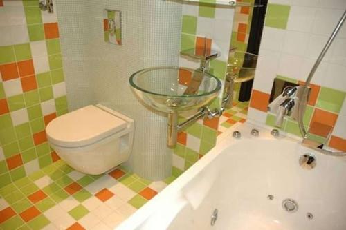 Как оформить интерьер ванной