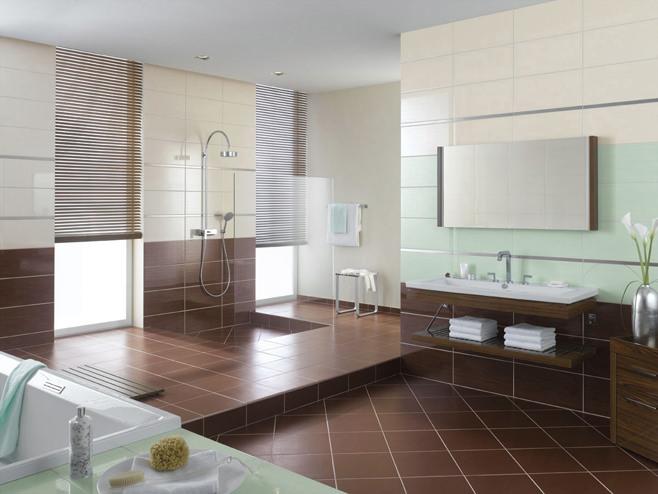 Керамическая плитка на полу в ванной