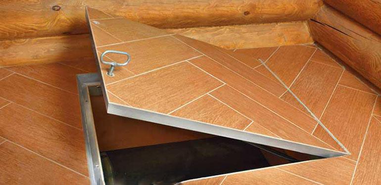 Напольный ревизионный люк под плитку