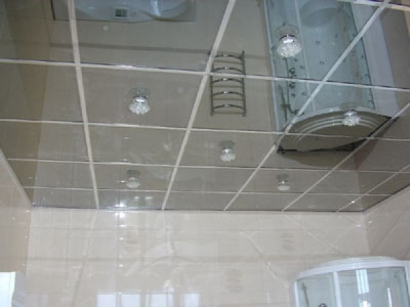 Оформление потолочной поверхности