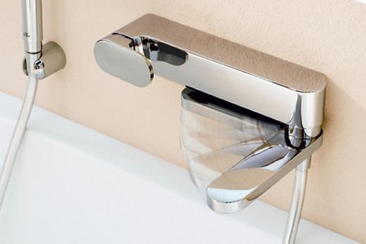 Смеситель для ванной комнаты с термостатом