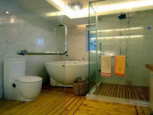 Дизайн стеклянной перегородки в душ