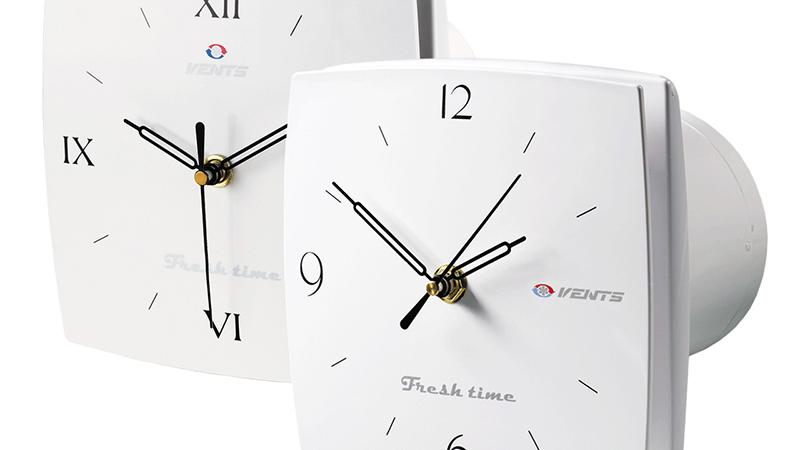 Модель вентилятора со встроенными часами