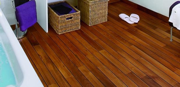 Полы в ванной комнате в деревянном доме