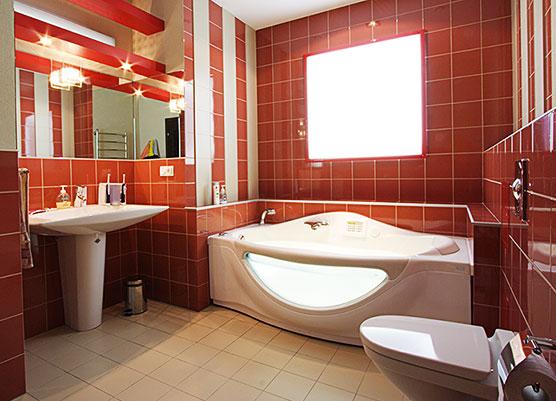 Ванная с прозрачными бортами