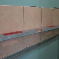 Как укладывать плитку на гипсокартон в ванной