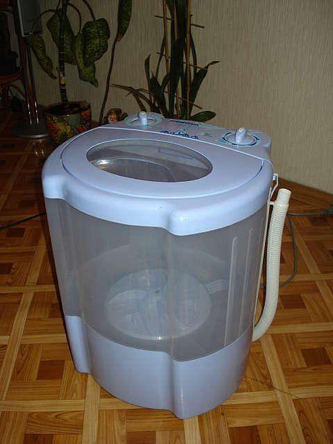 Маленькая модель стиральной машинки