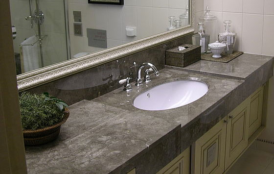 Мебель в ванную из искусственного камня