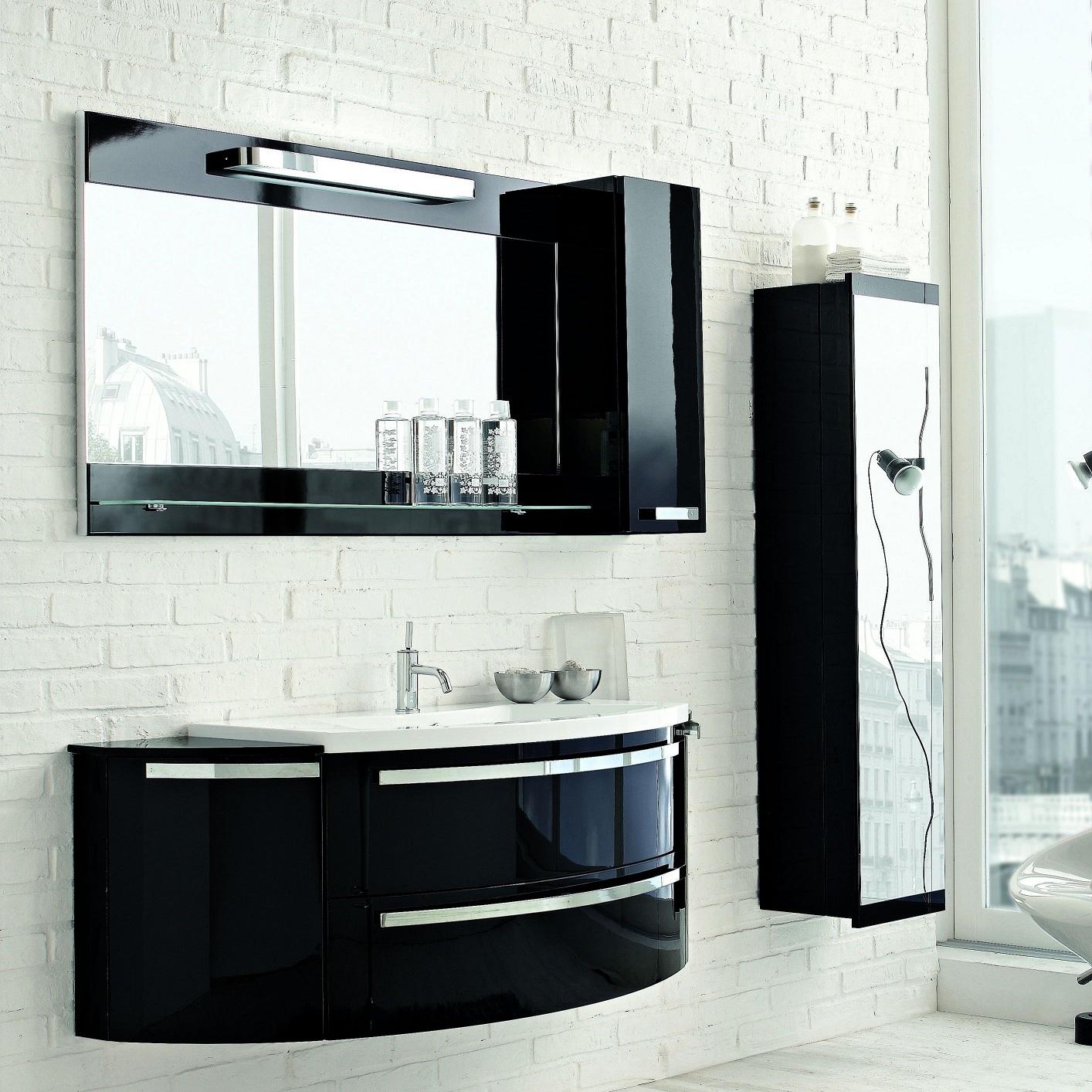 Гарнитур мебели в ванную