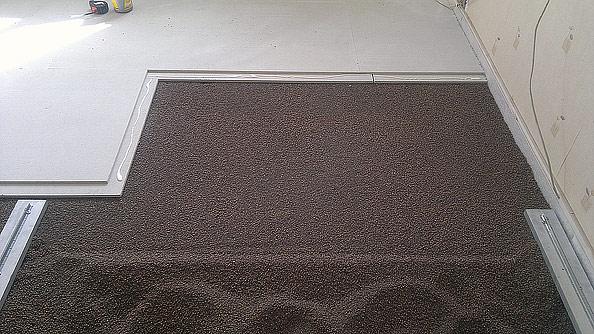 Полусухая стяжка на полу в ванной