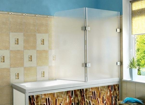 Распашные пластиковые шторки для ванны