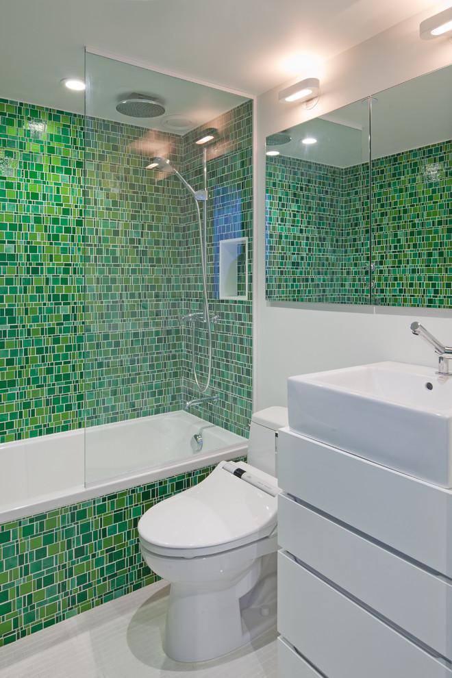 Статичная шторка в ванную