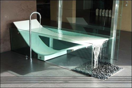 Стеклянная ванная