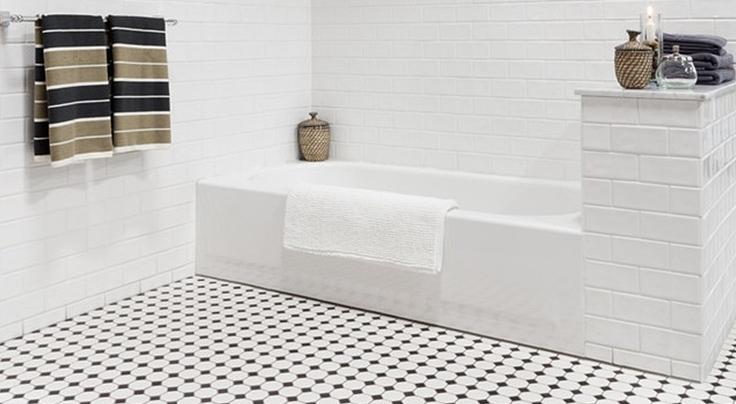 Виниловая плитка в ванную для стен и пола
