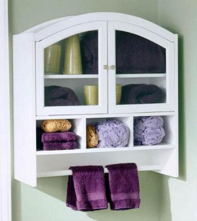 Навесной шкаф белого цвета