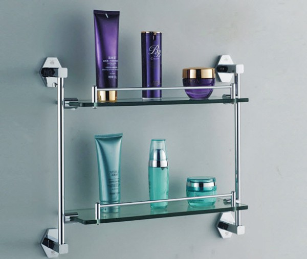 Вид металлической полочки для ванной комнаты