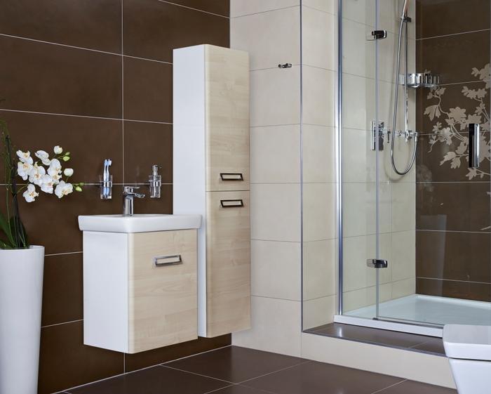 Шкаф пенал для ванной комнаты и его достоинства