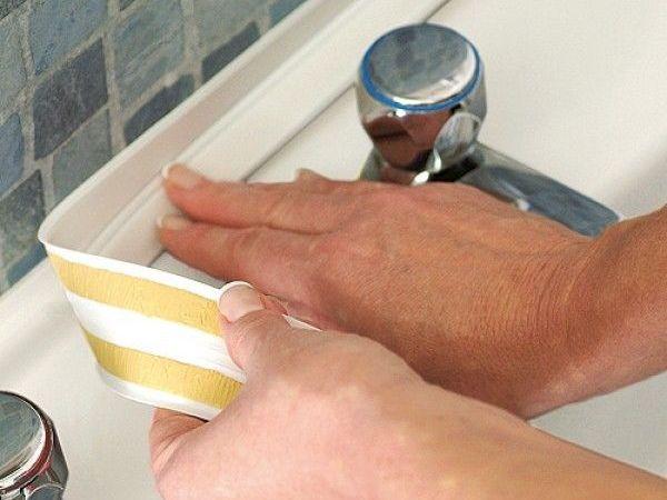 Состав самоклеящихся бордюров для ванны