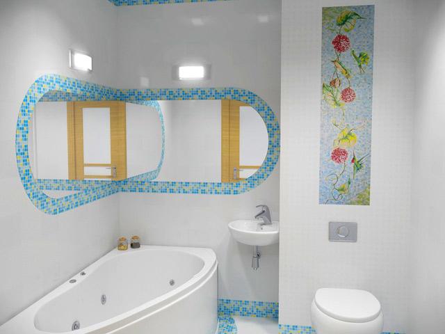 Дизайн ванной комнаты с подсветкой зеркал