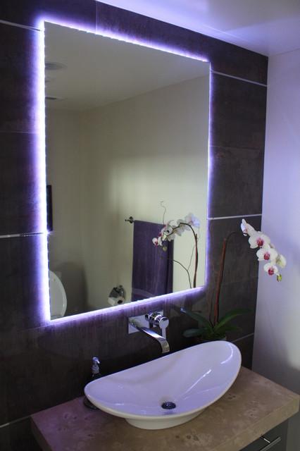 Зеркало со светодиодной лентой