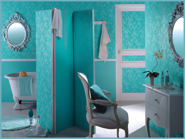 Синие обои в ванную