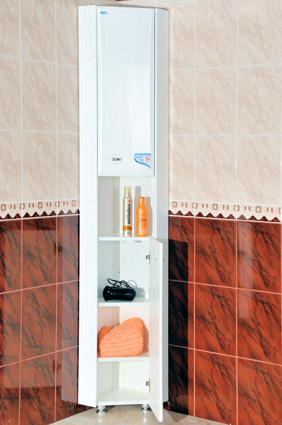 Угловой пенал в ванную комнату