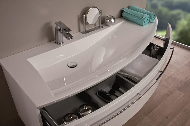 Асимметричная раковина с тумбой для ванной