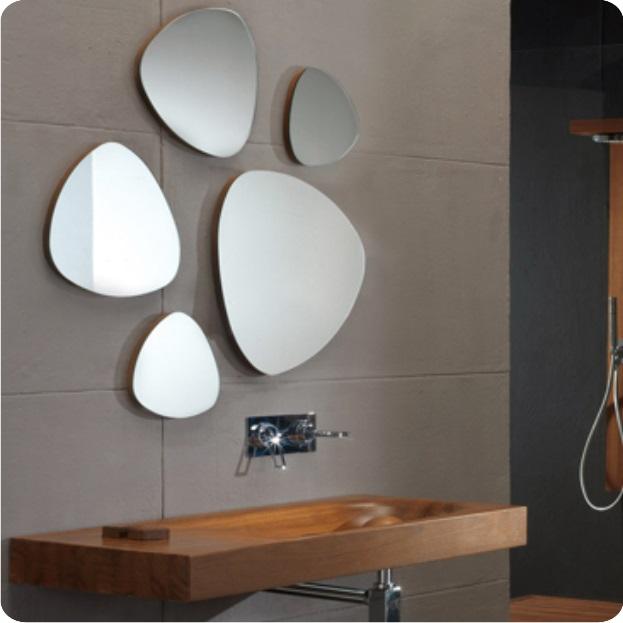 Дизайнерское зеркало для ванной