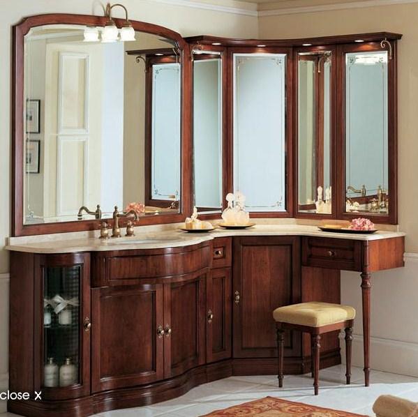 Красивая деревянная мебель в ванную